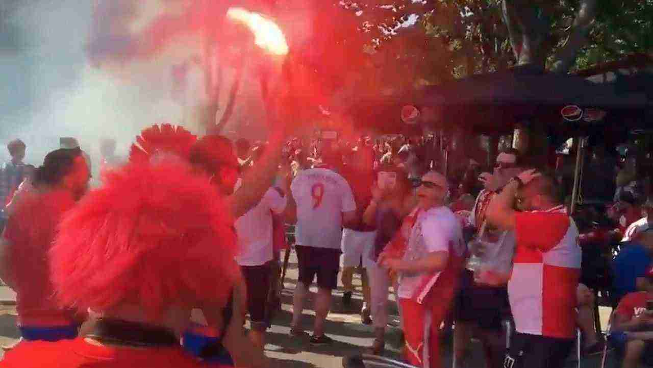 Euro 2016 Poland Portugal. Polish fans clash with police in Marseille before match Portugal Poland